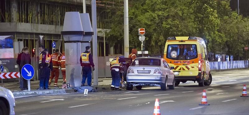 Halálra gázoltak egy embert késő este Budapesten