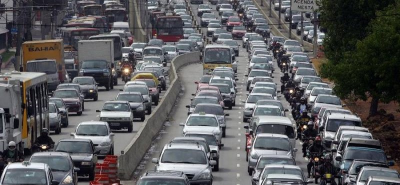 Csongrádban hajtják a legöregebb autókat