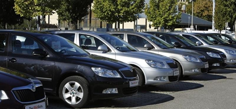 Szomorú statisztika készült arról, mire használjuk az egyre öregebb autónkat