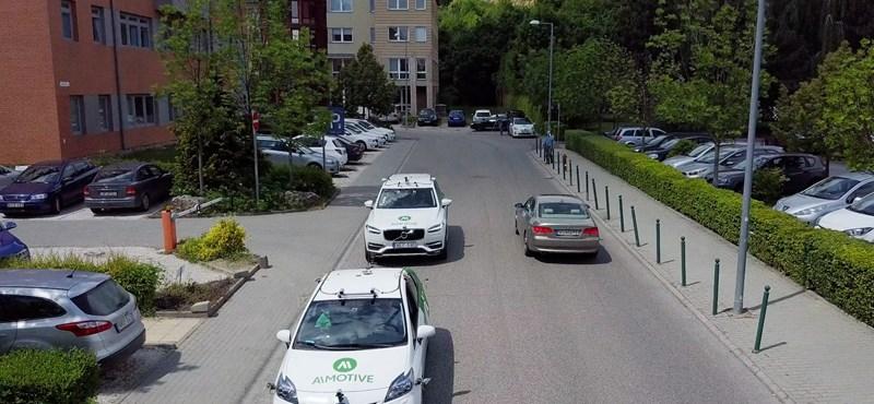 Fotó: Megjöttek az önvezető autók Budapestre