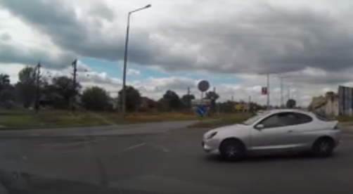 Autós szempontból ritka elátkozott egy Kőbányai kereszteződés ez is! (VIDEÓ)