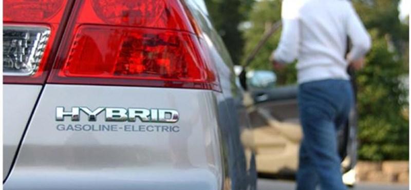 Ezeket érdemes tudni, ha egy hibrid autó karambolozott