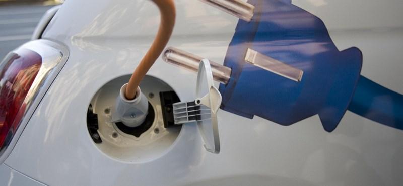 Vége az elektromos autók ingyen töltésének, de miért is jó ez?