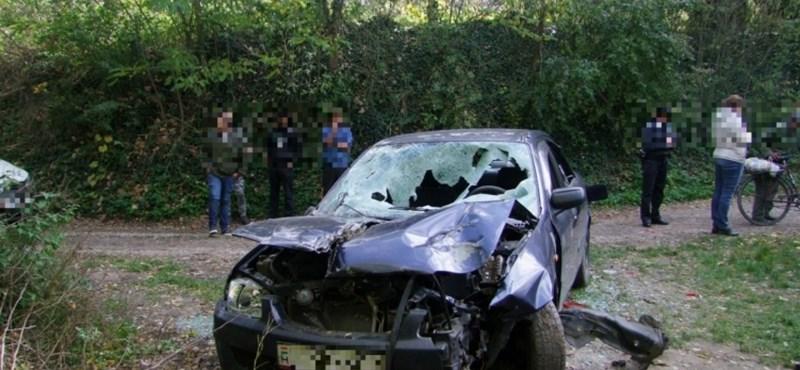 Este leparkolt az autójával a sofőr Petőhenyén, másnap reggel ez a kép fogadta