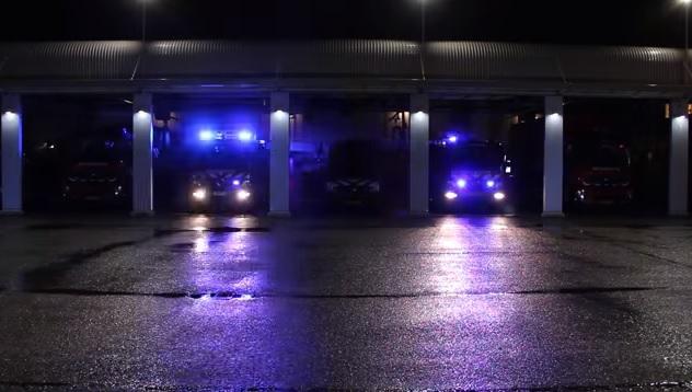 Ötletes videóval kedveskedtek karácsonyra a Holland tűzoltók
