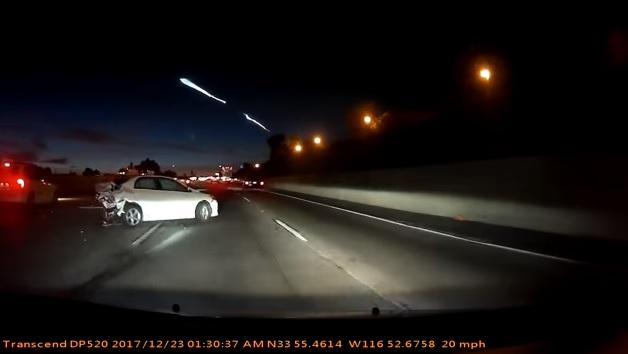 Szép kis tömegkarambolt okozott a SpaceX rakétája
