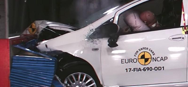 Bele ne üljön! Nulla csillagot kapott ez az autó a törésteszten – videó