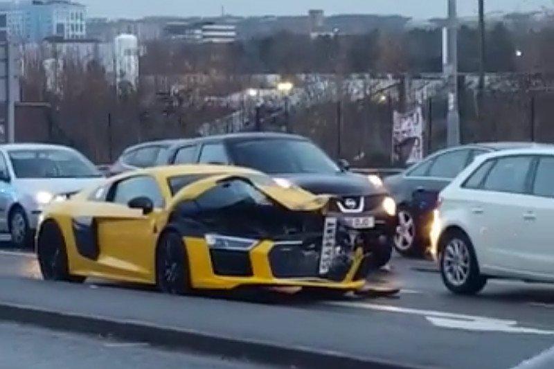 Behajtott egy SUV alá az Audi R8-as