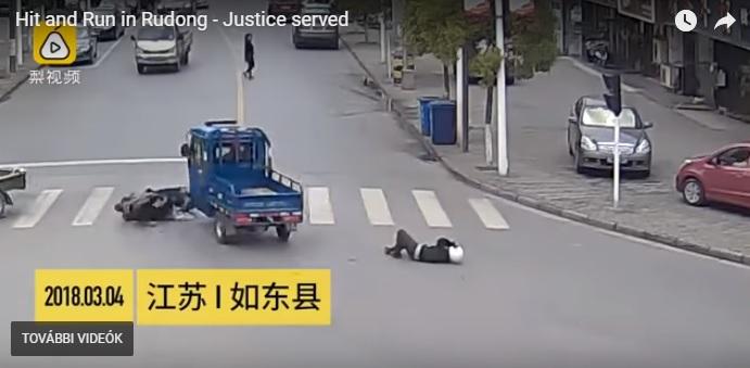 Videó: Elütött egy robogóst majd cserbenhagyta, de a többi autós a nyomába eredt