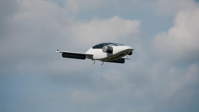 VIDEÓ: Repülő taxik fejlesztését támogatja a Pentagon