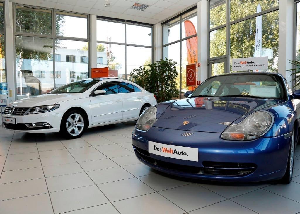 Kevés új autó gurul a magyar utakon