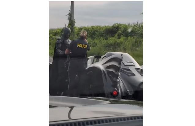Videó – Batmant intézkedés alá vonták