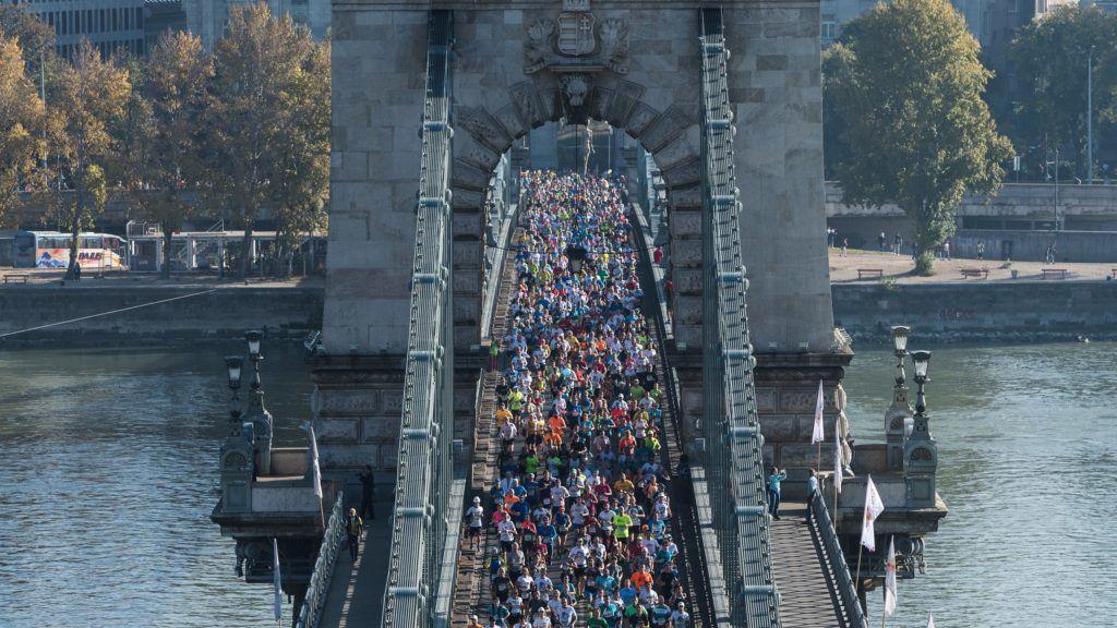 Vasárnap is megbénul Budapest, futóverseny miatt