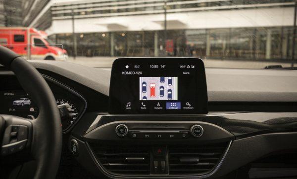 A jövő! Ez a technológia szól, ha baleset történt előttünk vagy épp szirénázó jármű közeledik