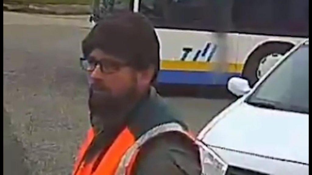 500 ezer forint nyomravezetői díj-Fegyveres rablókat keres a rendőrség