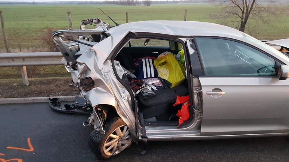 Fotók – Öt autó ütközött az M3-as autópályán kora délután