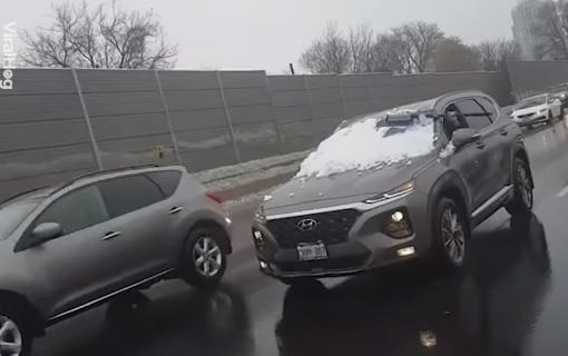 Videó – Most szólunk! Az autóról még indulás előtt takarítsd le a havat, Ne menet közben