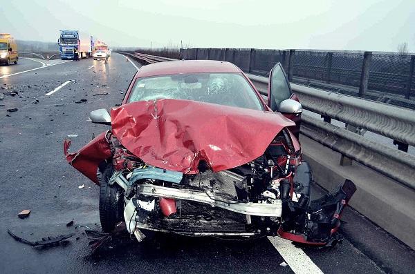 A húga temetéséről jött az M5-ös autópályán balesetet okozó férfi – A neje meghalt a szerencsétlenségben