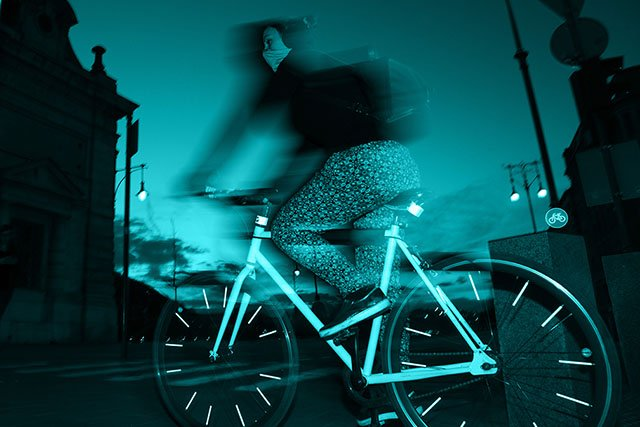 Mostantól megtanulhatsz városi körülmények között, biztonságosan bringázni