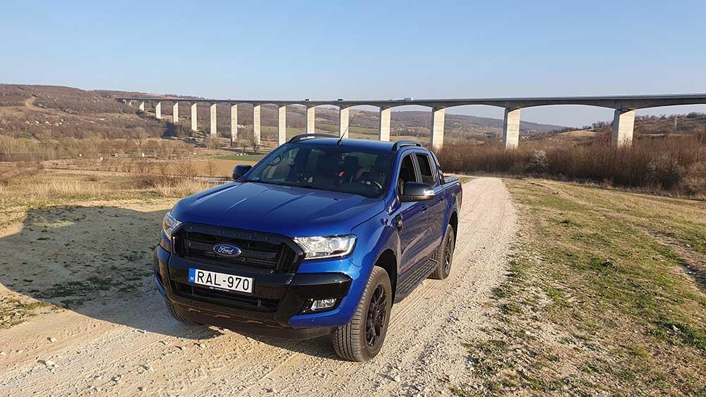 Ford Ranger Wildtrak – Pickup, akár öltönyösöknek is
