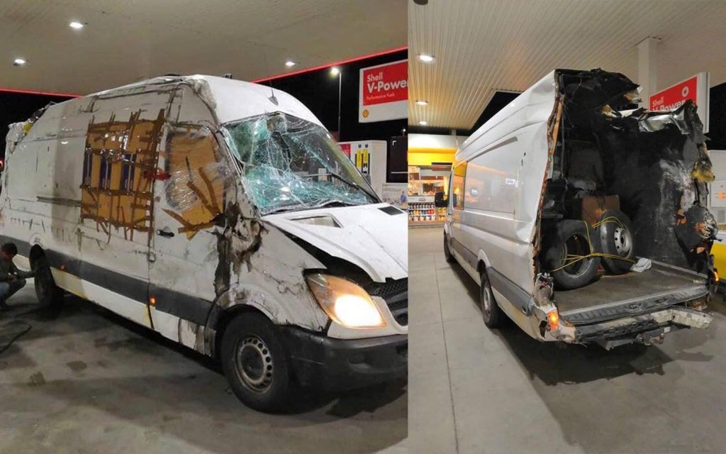 A rendőrség közleménye – Nem vehetett volna részt a forgalomban a rommá tört kisteherautó