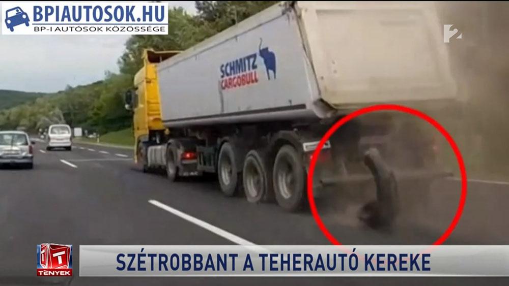 A TV2 riportjában sajnos mutattak elszabadult kerék miatti végzetes balesetet is :(
