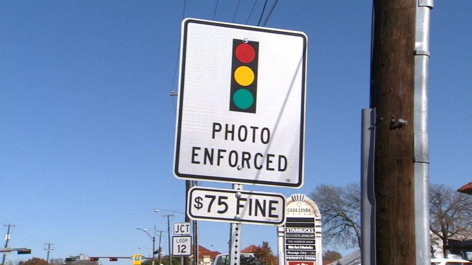 Texasban tilos lesz a tiloson áthajtókat felvevő kamerák használata