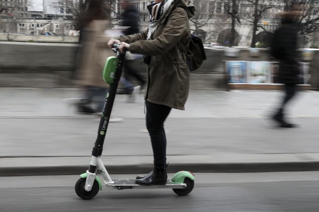Eltűntek a Lime és Breezy elektromos rollerek Budapest utcáiról