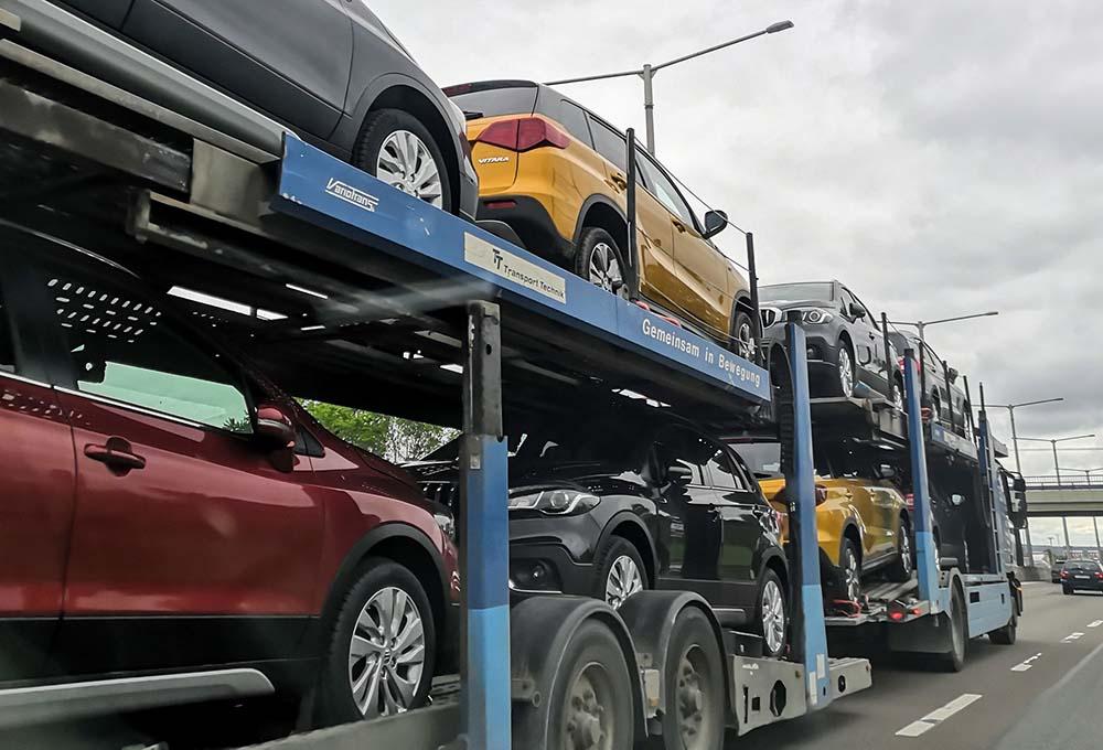 Ó autók, ti bolygó gyilkosok. SUV gyűlölet és sebességcsökkentés az autópályákon