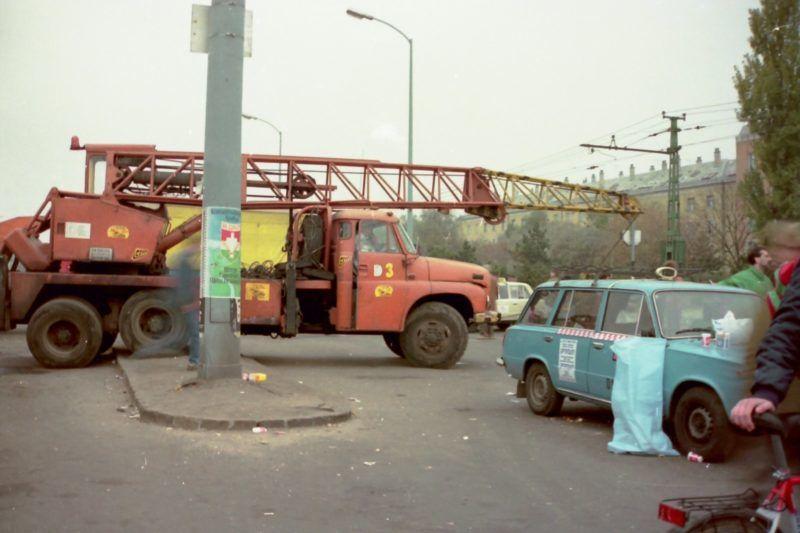 A fővárosi taxis blokád, talán még sosem látott képeken