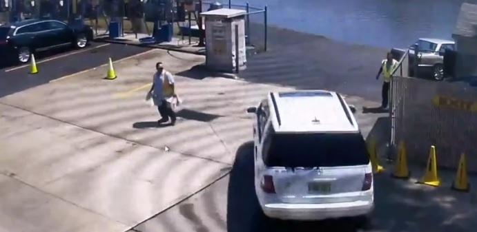 Videó – A nő kiparkolt az autómosóból, felfoghatatlan, ami ezután jött