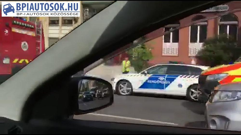 Videó: Baleset a Szentendrei úton, a Raktár utcánál
