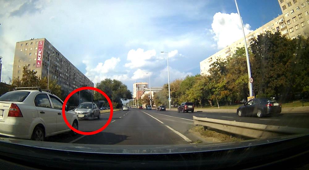 Döbbenetes VIDEÓT rögzített olvasónk az Árpád hídról lejőve
