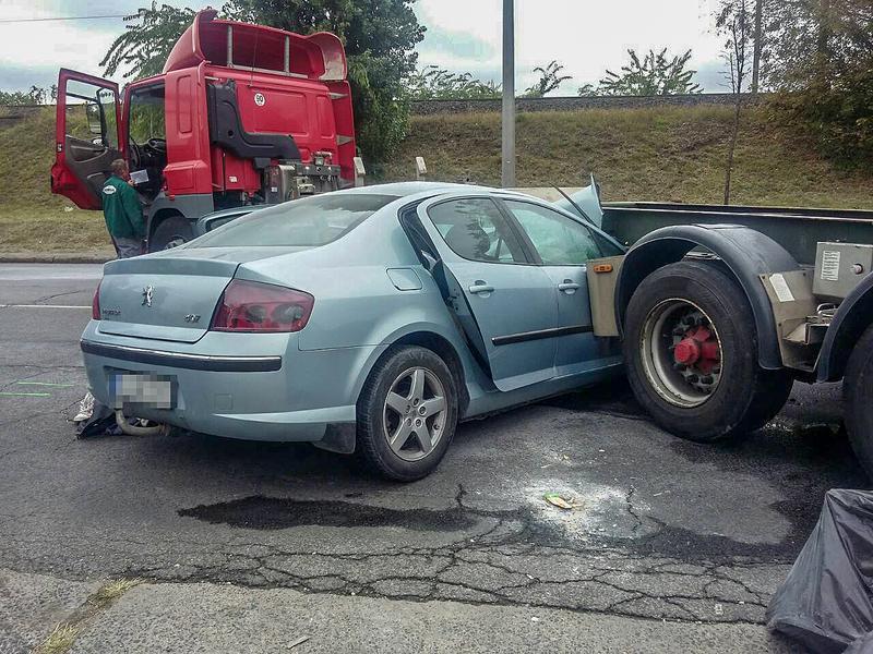 Nagyon csúnya baleset történt Csepelen