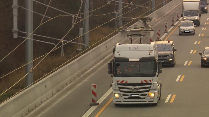 Magyarország is beszáll az áramszedős autópálya projektbe