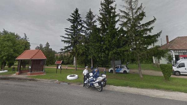 Kiakadt egy magyar autós a traffipax miatt – Trágár üzenetet hagyott a rendőröknek