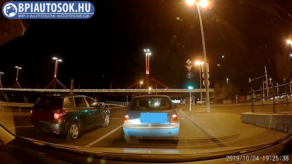 VIDEÓ: Furcsa dolgok 4-én este a Rákóczi híd alatt :)