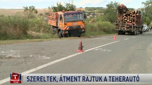 Videó – Befeküdtek a teherautó alá, hogy megszereljék – rosszul volt rögzítve és átment rajtuk