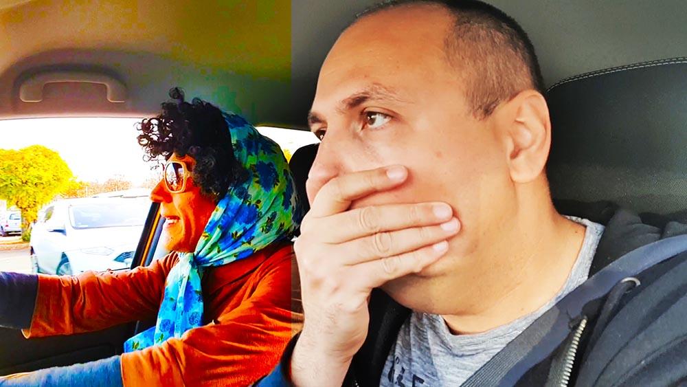 VIDEÓ: Kikészített az anyósom | Idegesítő utasok 1. rész