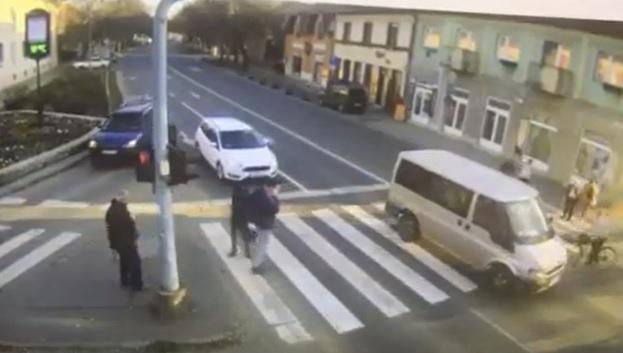 VIDEÓ: Szörnyű gyalogos gázolást rögzített a kamera Vácon