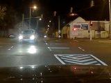 VIDEÓ: Rossz sávból, rossz sávba hajtott. Még neki állt feljebb