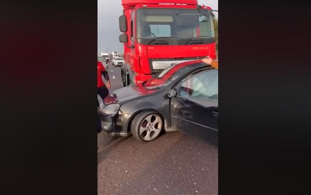 Videó – Haver, egy autóst tolsz magad előtt, nem veszed észre?
