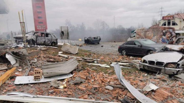 Felrobbant egy benzinkút Boszniában. Egy ember meghalt, sok a sérült