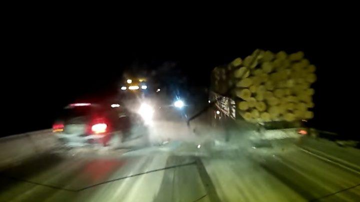 VIDEÓ: Ő nem az útviszonyoknak megfelelően közlekedett. A mögötte haladónak pedig óriási mákja volt