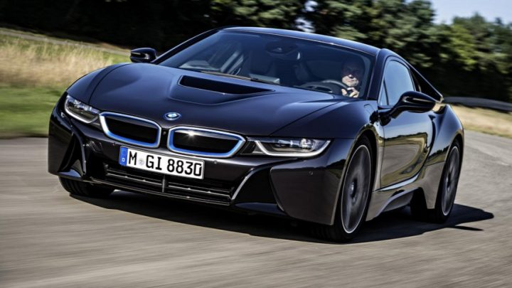 A BMW több kockázatot, mint lehetőséget lát a teljesen elektromos járműtechnológiában
