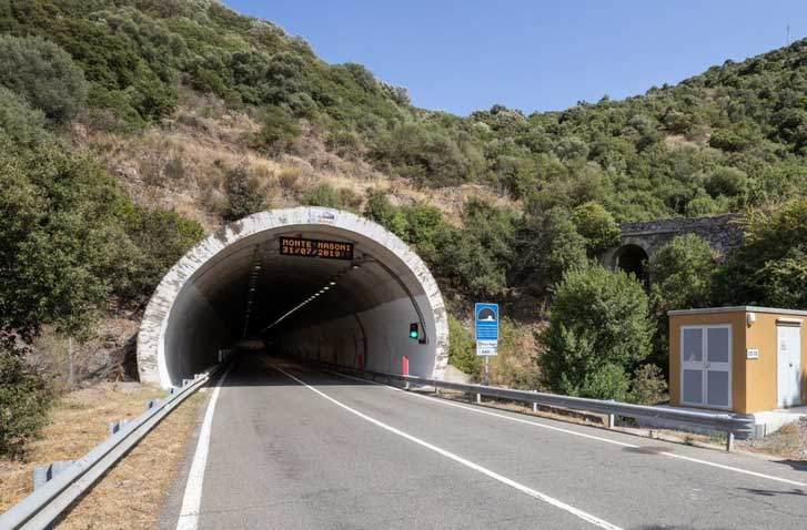 Veszélyesek az olaszországi autópálya-alagutak