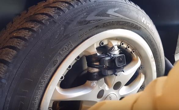 VIDEÓ: Gondoltál már arra, mit látnál, ha 100km/h-val forgó kerék lennél?