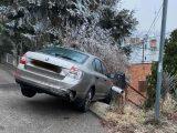 Fotók: A 22. kerületi Lomnici utcában ez történt ma. Sokan nem az útviszonyoknak megfelelően vezetnek