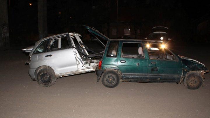 FOTÓK: Nem egy, hanem másfél autót loptak (tolva), mikor fülön csípték őket
