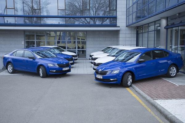 FOTÓK: Új Pofátlan(TAN)ító autókat kapott a rendőrség – már 40 autóval vadásznak a szabálytalankodókra